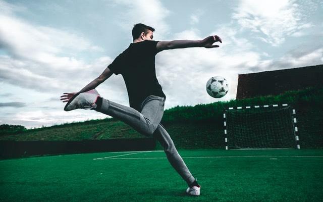 วิธีการเล่นพนันบอลออนไลน์